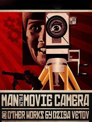 مردی با دوربین فیلمبرداری
