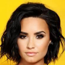 دمی لواتو - Demi Lovato