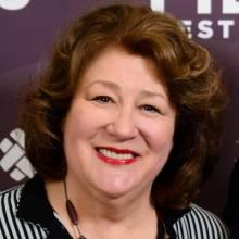 مارگو مارتیندال - Margo Martindale