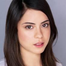 رزا سلزار - Rosa Salazar