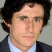 گابریل بیرن - Gabriel Byrne